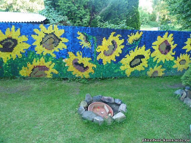 Поделки из пробок для сада и огорода 39